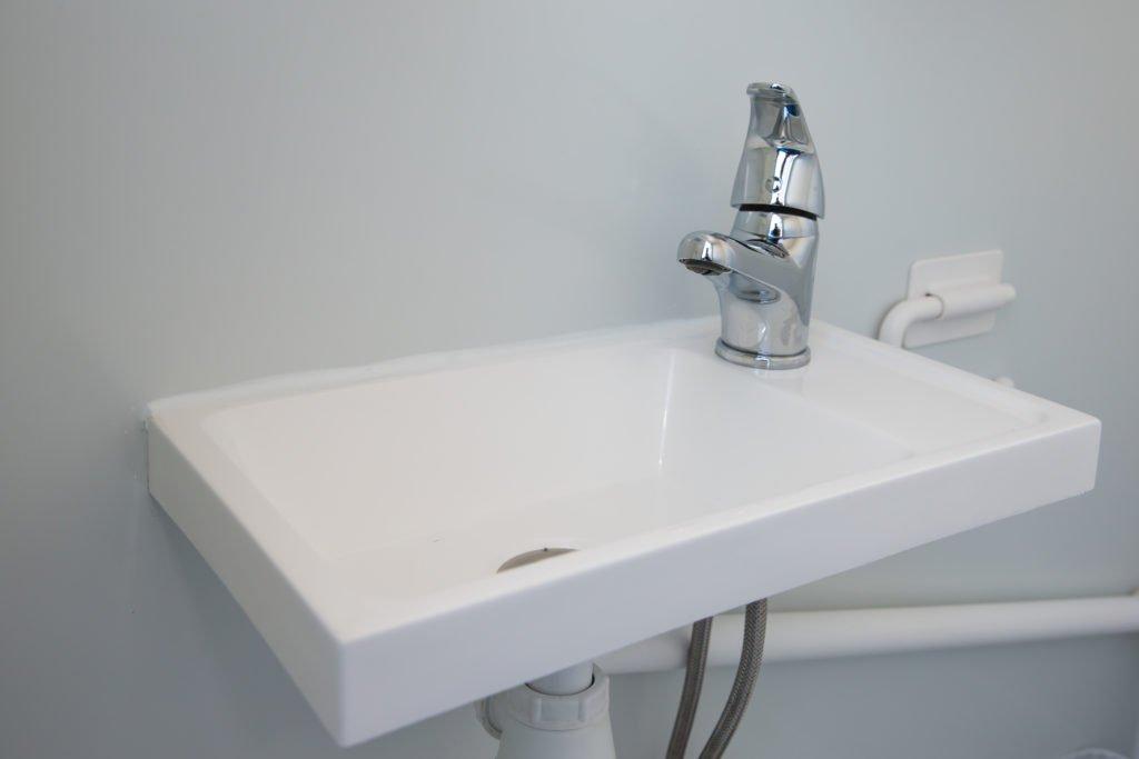 Soojustatud WC kanalisatsiooniga